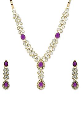 Traditsiya White N Purple Necklace set