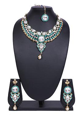 Turquoise N White Traditsiya Necklace Set