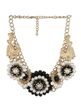 White N Black Floral Design Necklace