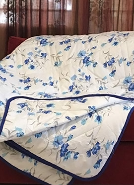 White N Blue Cotton Quilt