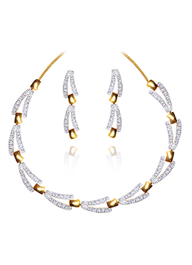 White N Gold Stone Studded Necklace Set