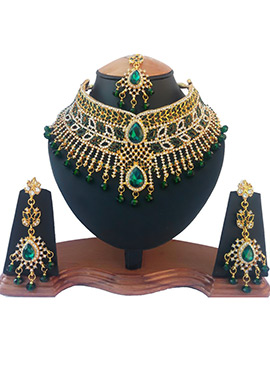 White N Green Crystal Stone Choker Necklace Set