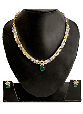 White N Green Necklace Set
