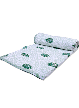 White N Green Pure Cotton Double Sided Quilt