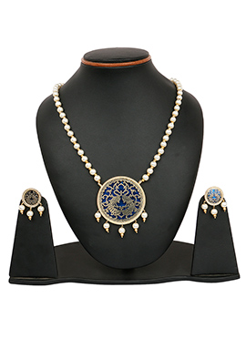 White N Navy Blue Beads Studded Necklace Set