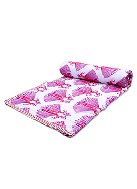 White N Pink Pure Cotton Double Sided Quilt