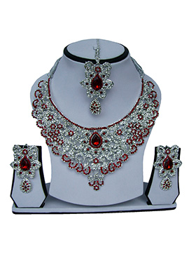 White N Red Zircon Stone Necklace Set