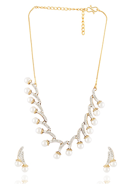 White Stone N Pearl Studded Necklace Set