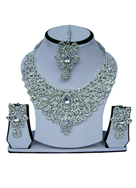 White Zircon Stone Studded Necklace Set